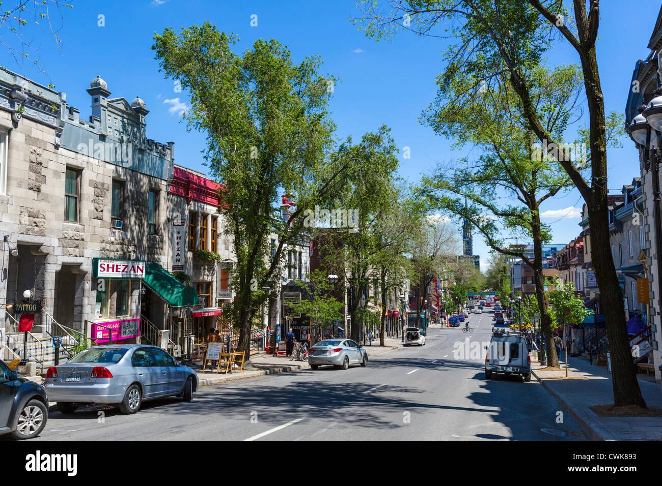 Rue saint denis in the quartier latin latin quarter for Meubles montreal st denis