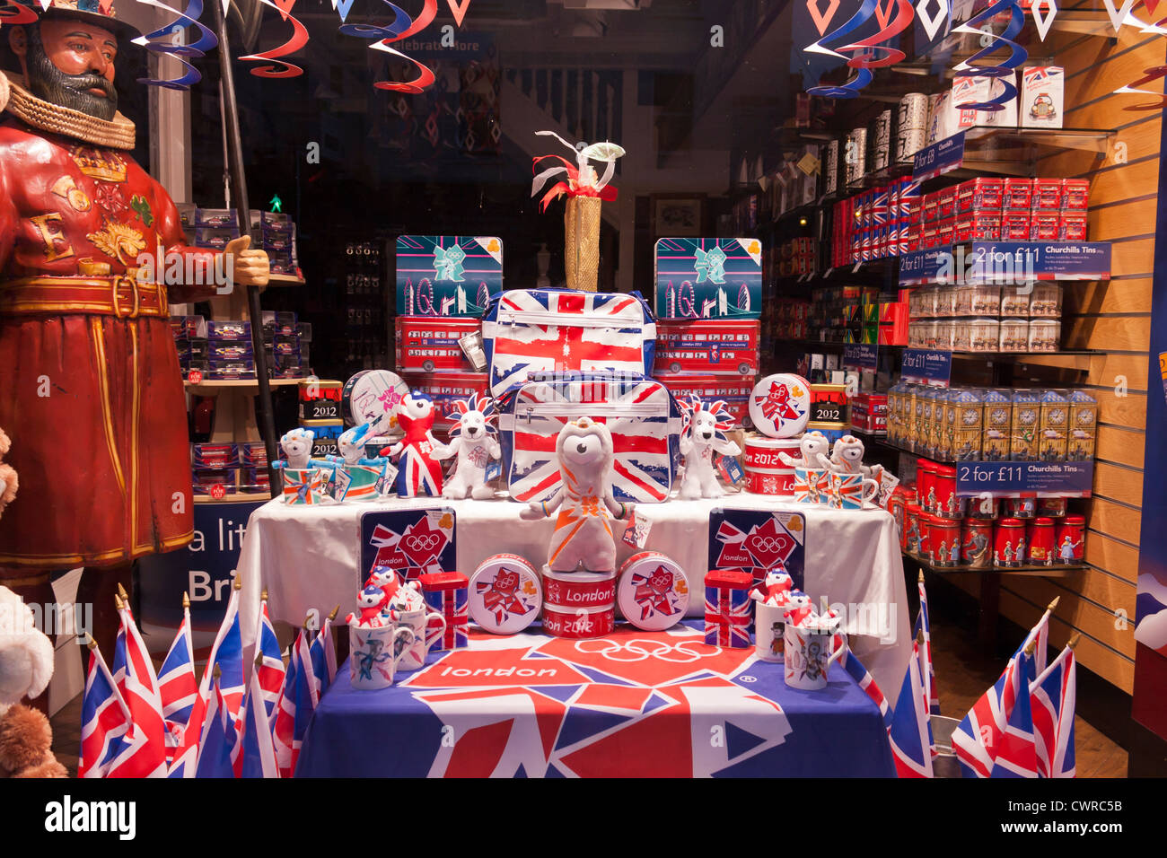 Gift shop window display in windsor berkshire the - Boutique free annecy ...