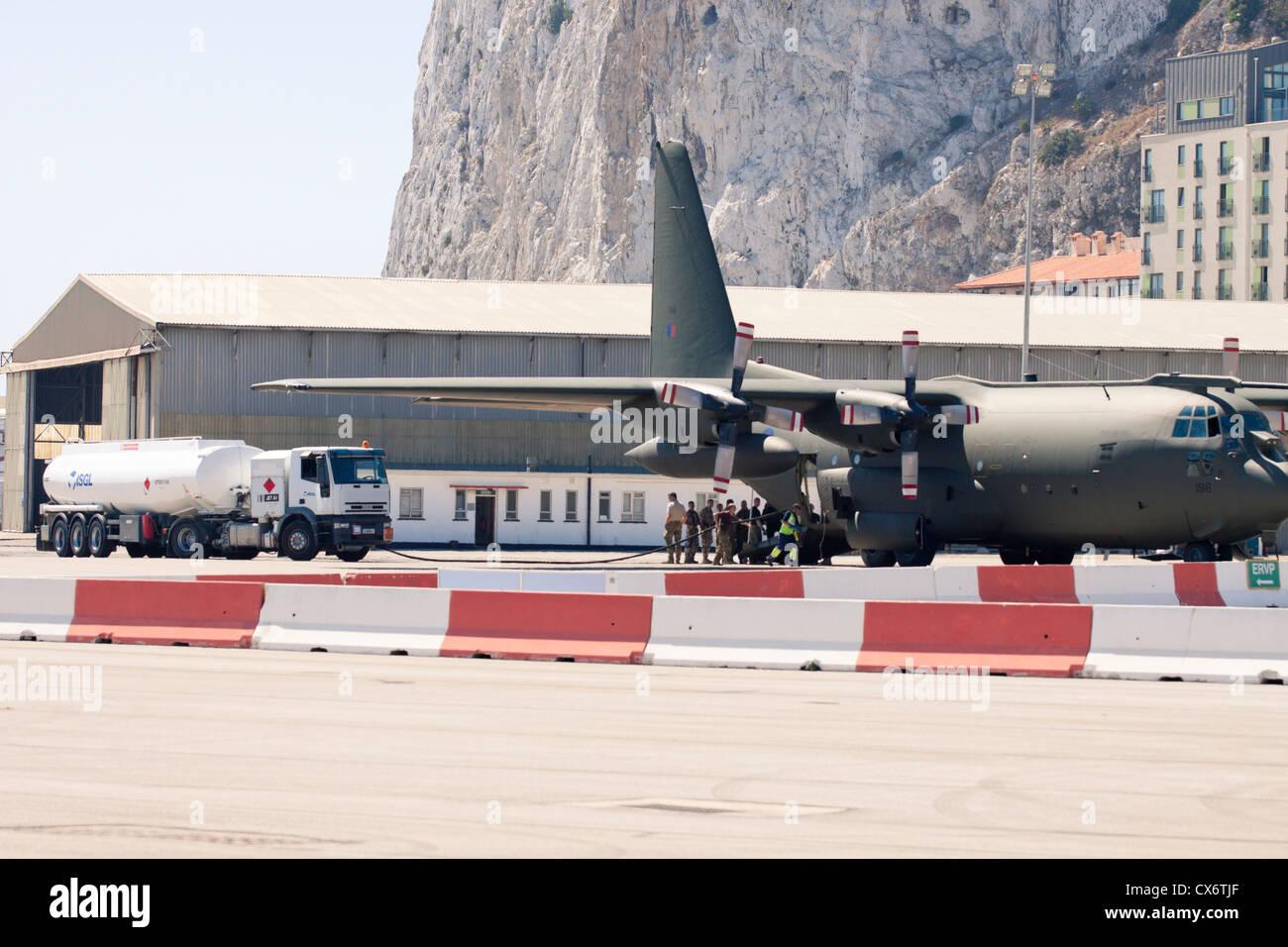 C 130 Military Transport Aircraft Lockheed C-130 Hercule...