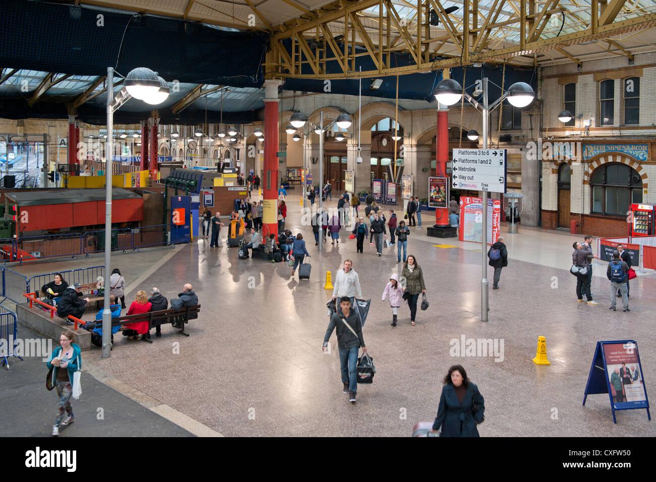 Foyer Entrance News : The inside foyer main entrance hall of victoria rail