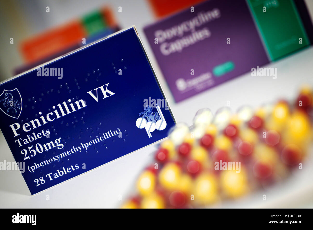 Penicillin VK Antibiotics tablets with box and blister ...
