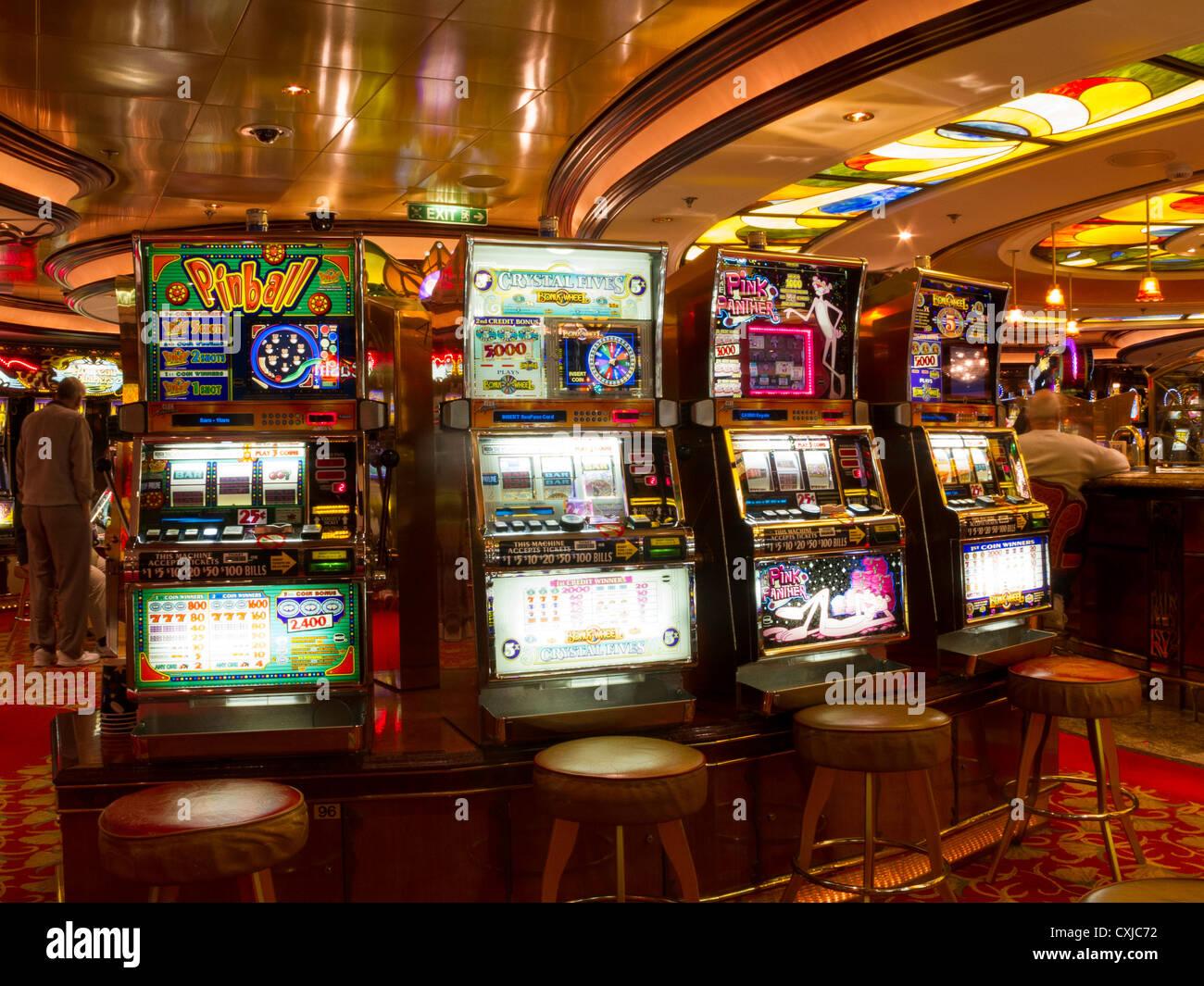 Electronic slots machines