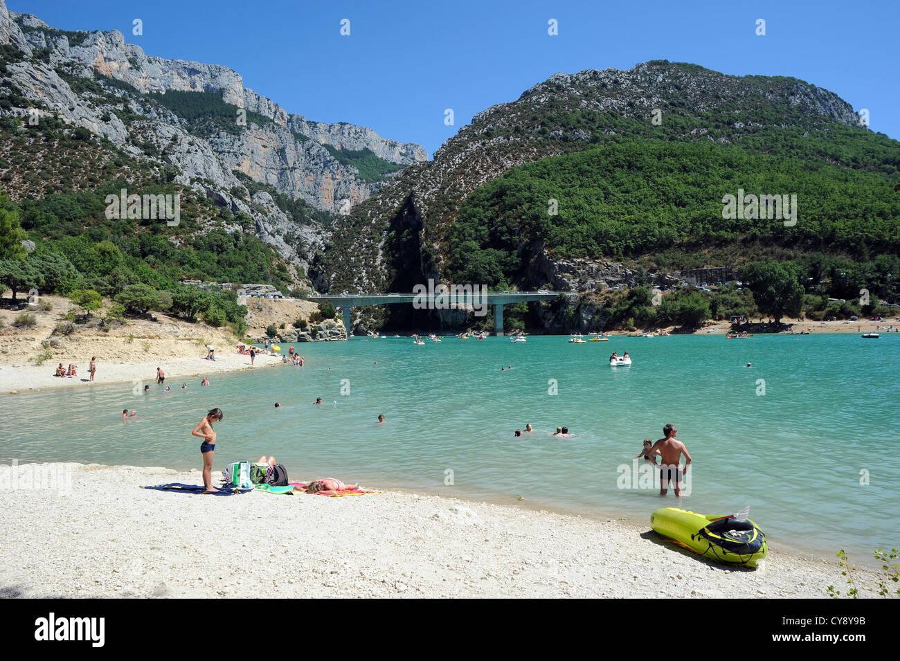 The lac de sainte croix a man made reservoir linked to for Camping sainte croix du verdon avec piscine