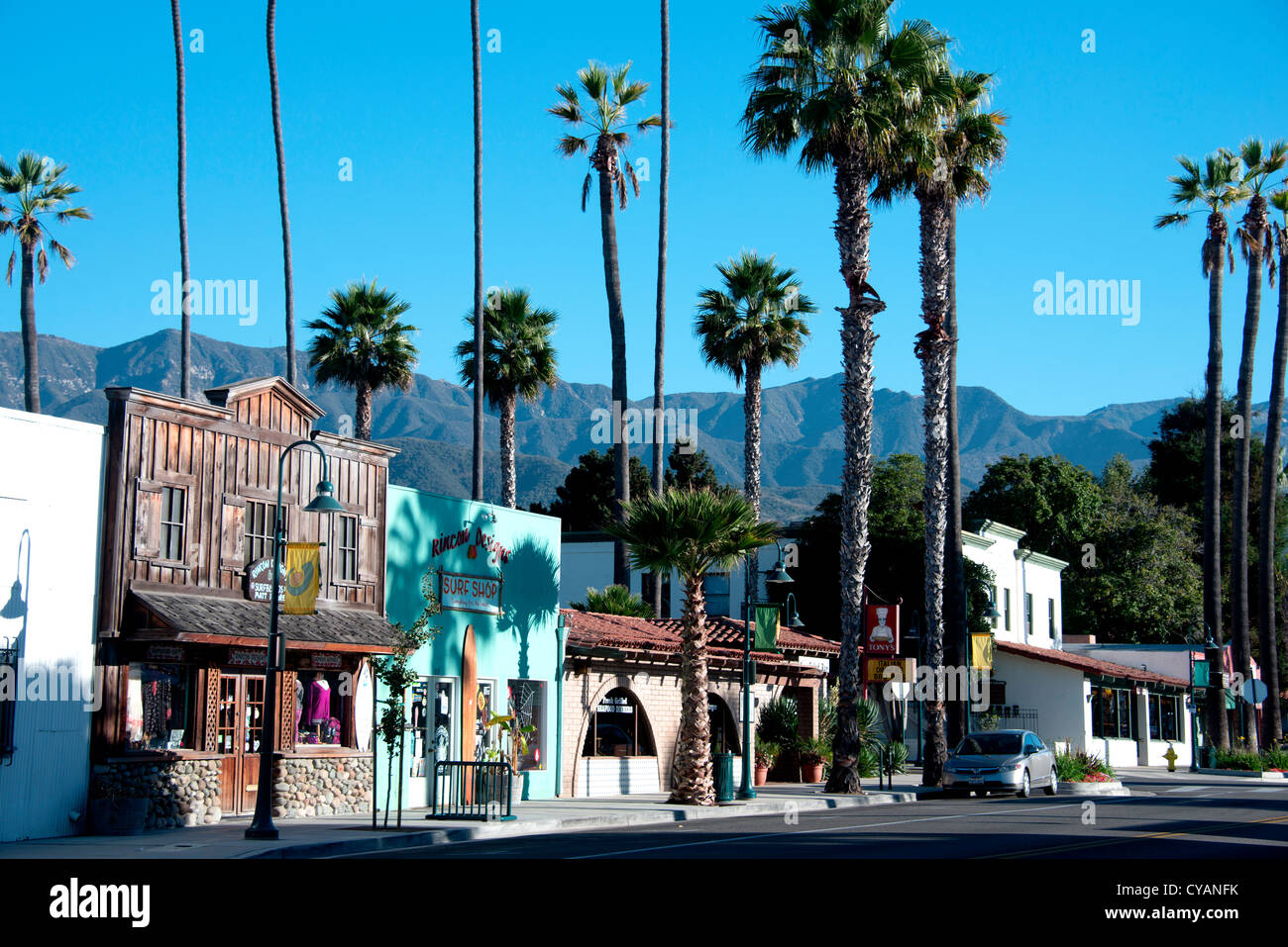 Main street of small american town of carpinteria on the for Small towns in southern california