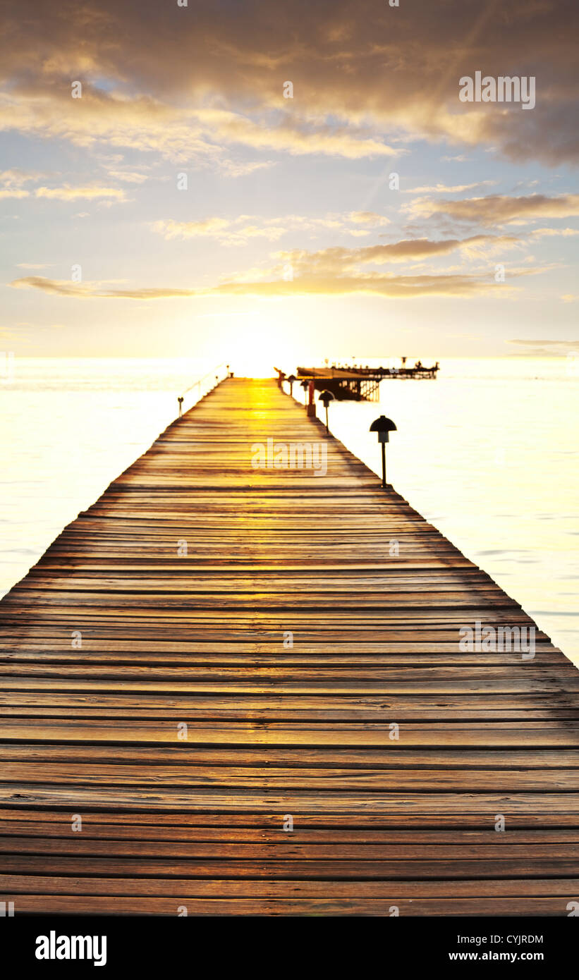 Boardwalk on beach Stock Foto
