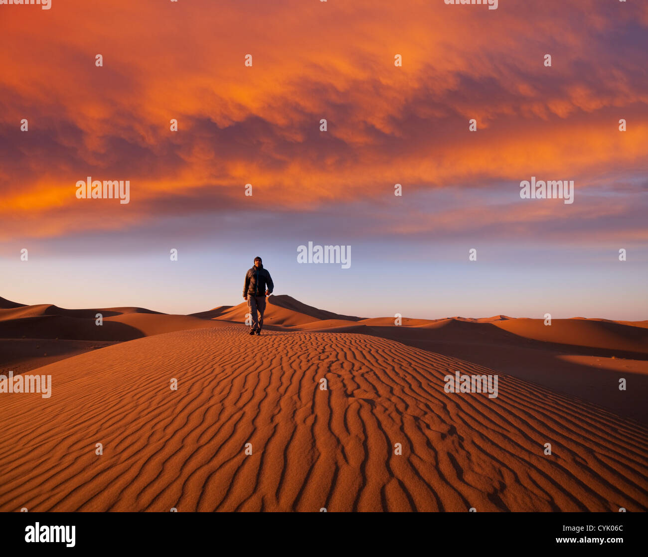 Hike in Namib desert Stock Foto