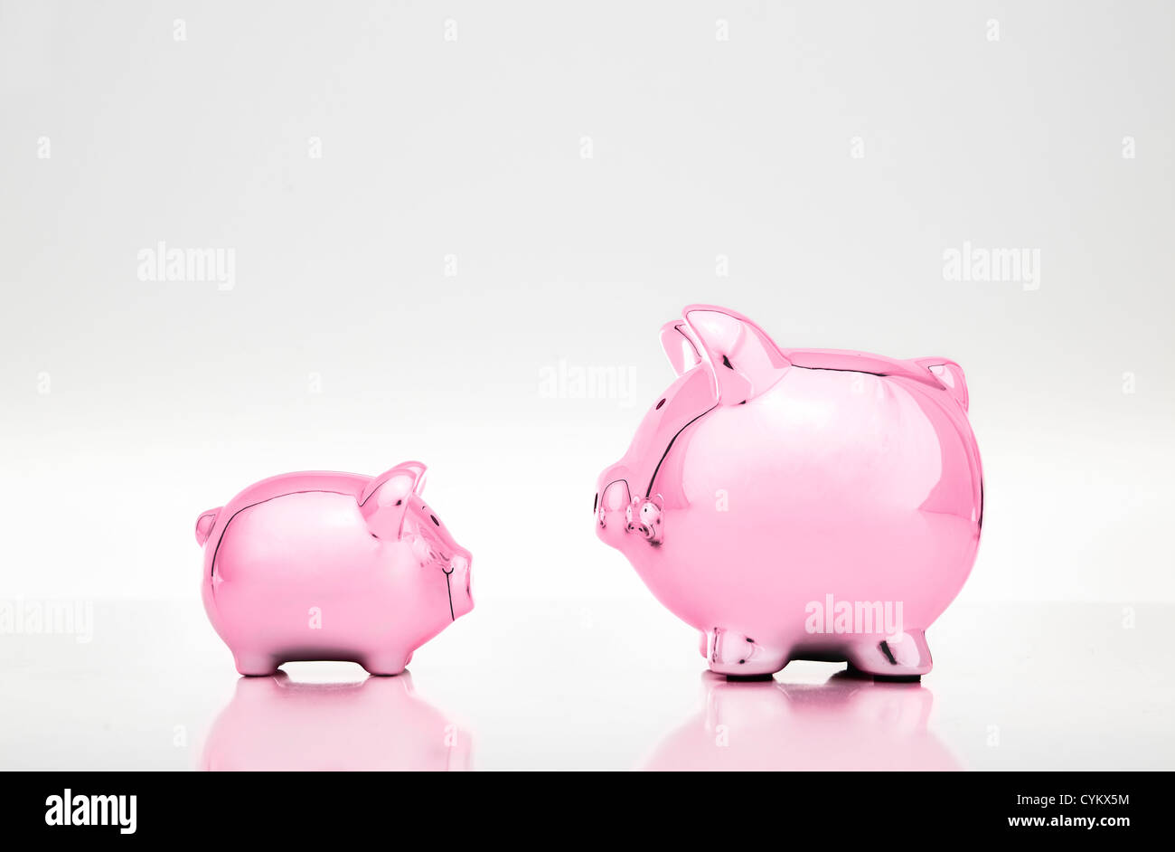 Large and small piggy banks Stock Foto