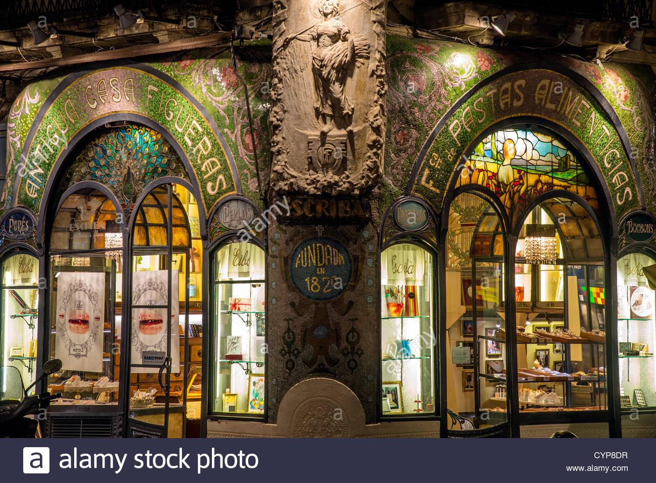 Art nouveau decoration at antigua casa figueras home of - Art nouveau architecture de barcelone revisitee ...