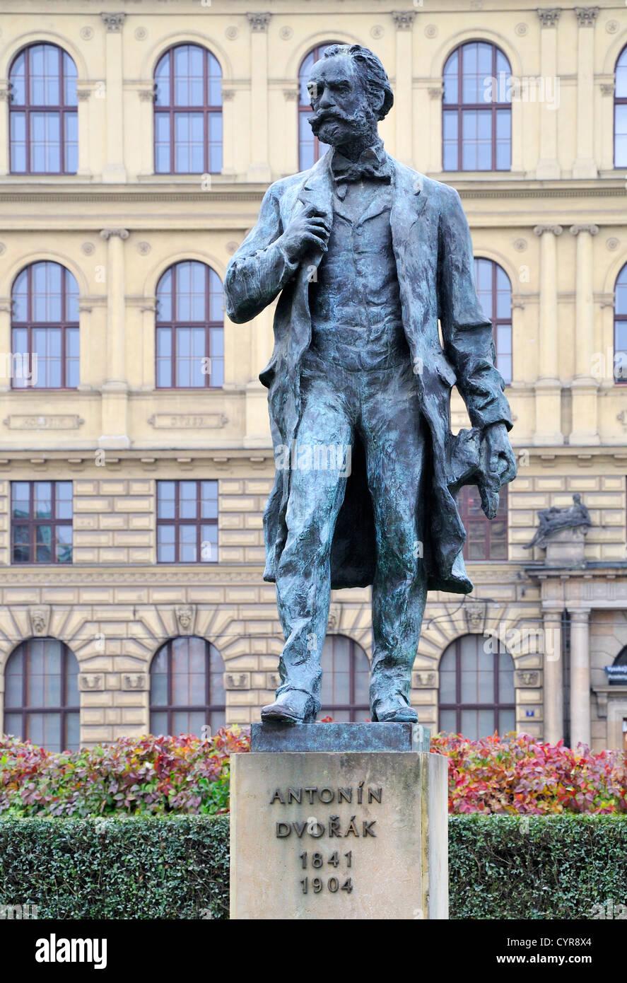 Prague czech republic statue of antonin dvorak in front for Mobel dvorak
