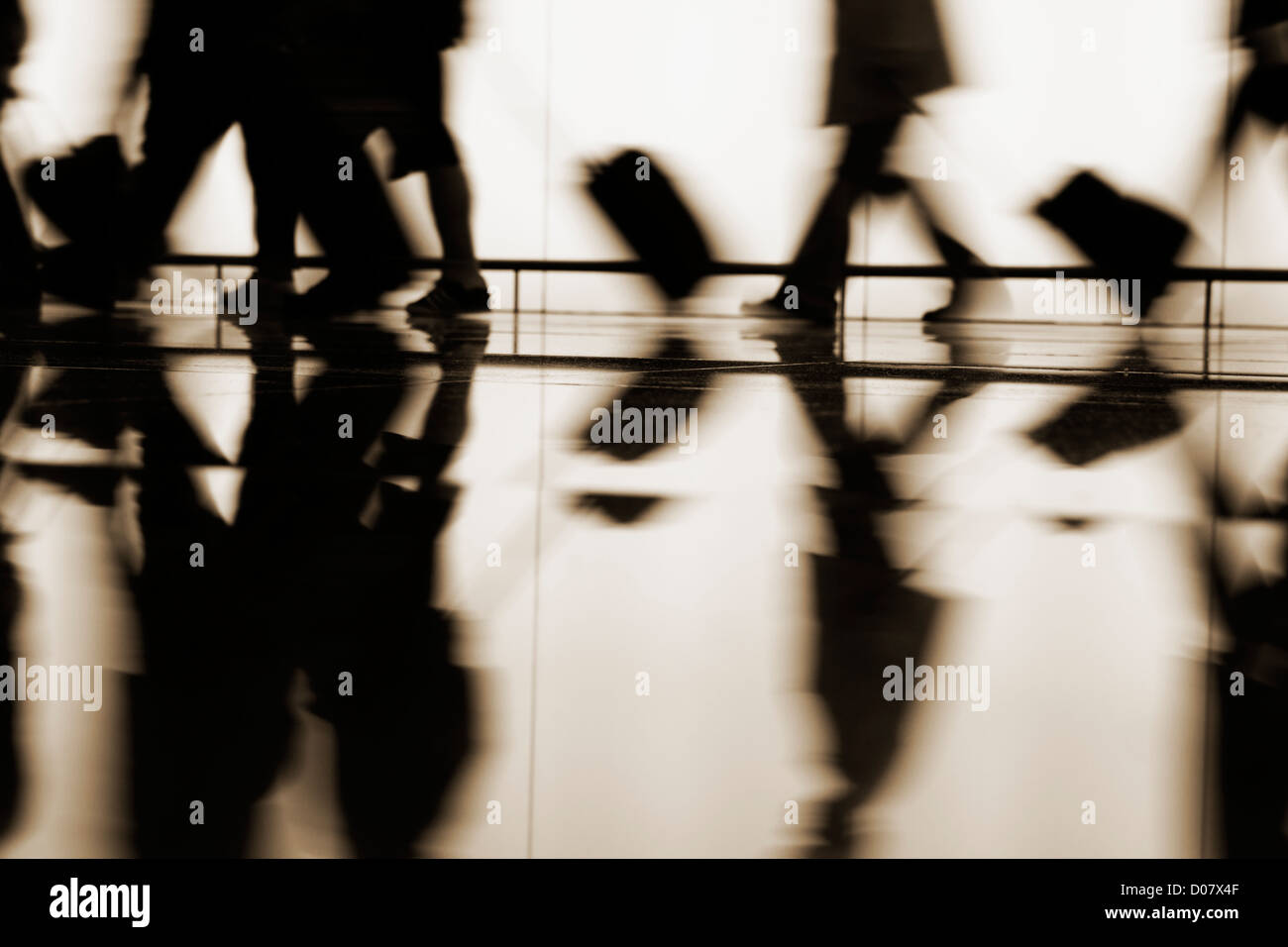 passengers-walking-towards-boarding-gate