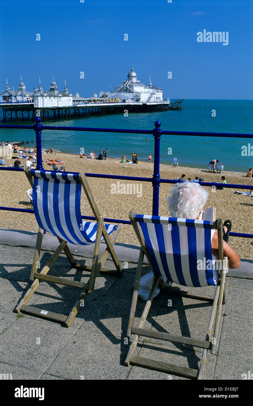 sea-front-and-pier-eastbourne-east-susse