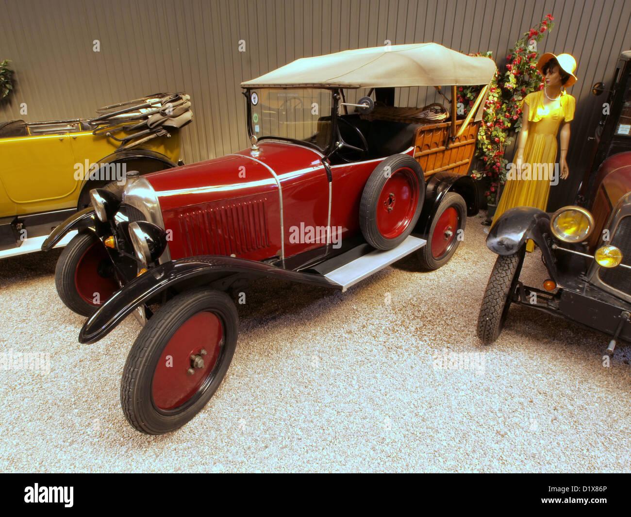 automobile museum reims champagne 1925 citroen c3 stock photo royalty free image 52822974 alamy. Black Bedroom Furniture Sets. Home Design Ideas