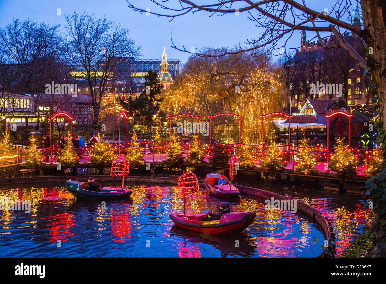 Tivoli amusement park fun park city center christmas for Amusement park decoration ideas
