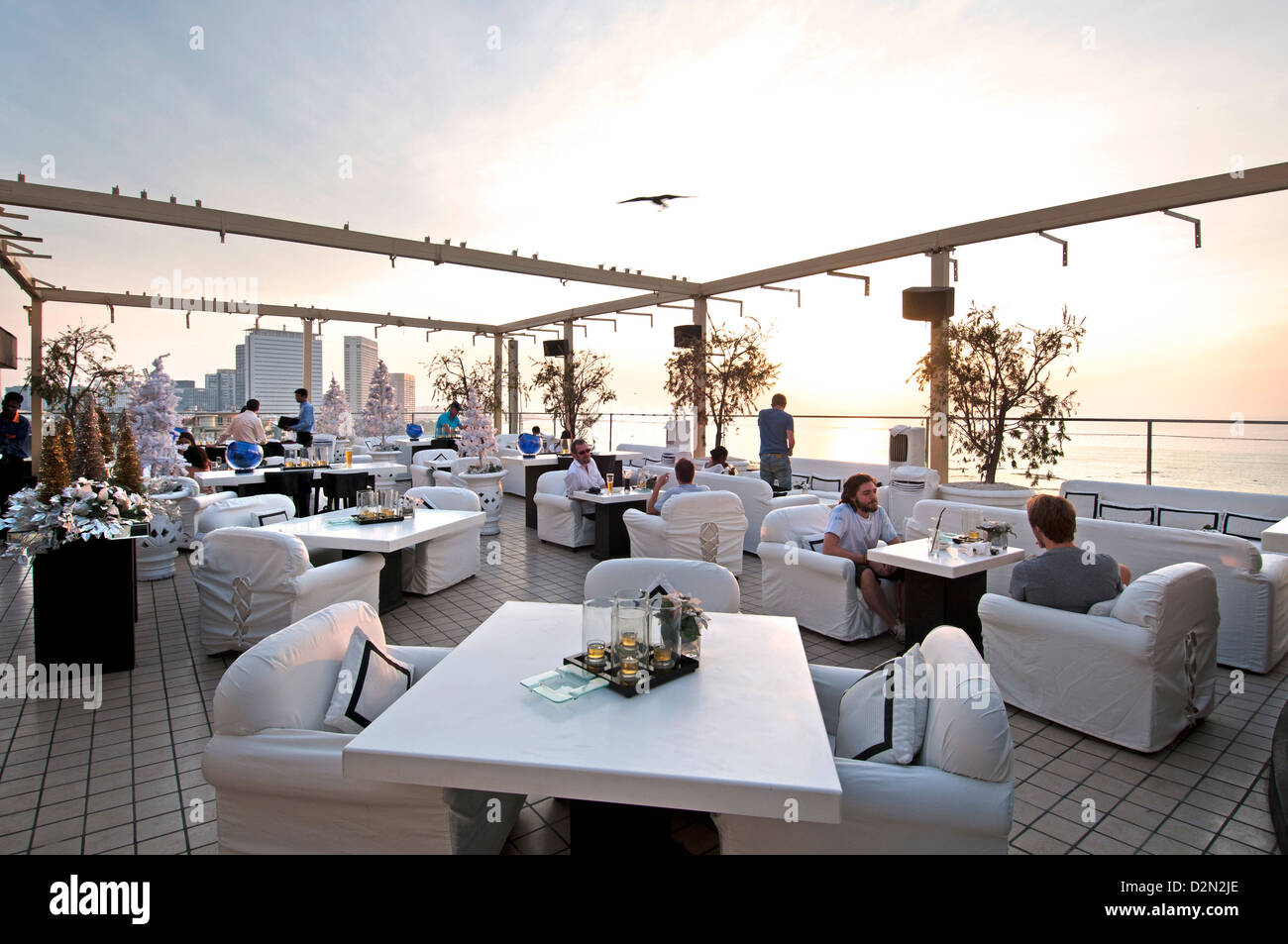 Dome bar cafe pub rooftop terrace seafront promenade for 211 roof terrace cafe