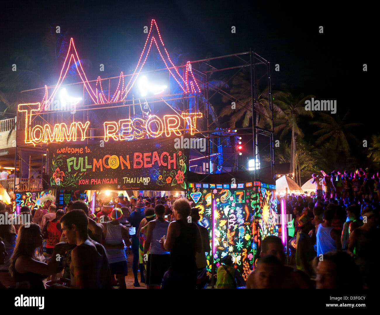 Tommy Resort Full Moon Party On Haad Rin Koh Phangan ...
