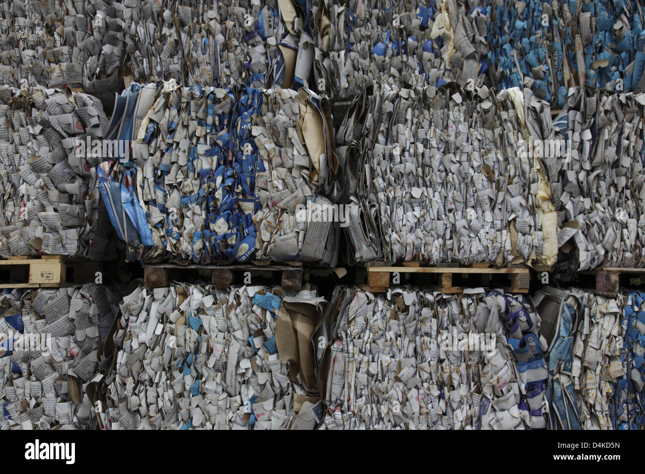 Pressed recycling paper pictured on europallets in Estonia, June 2009. Photo: Willy Matheisl Stock Photo