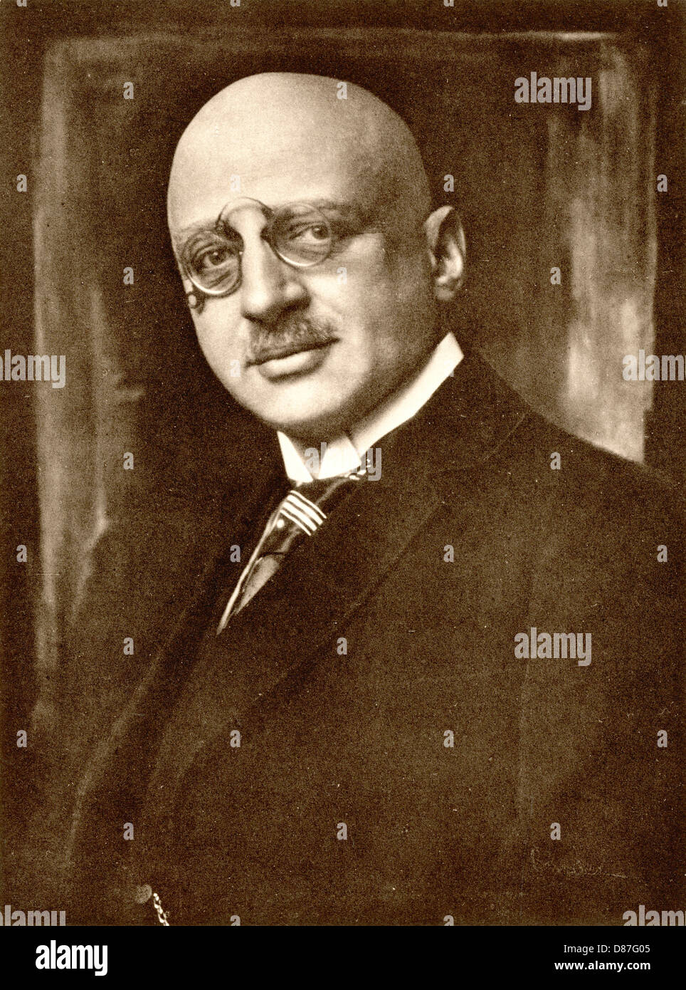 pince nez stock photos pince nez stock images alamy fritz haber nobel 1918 stock image