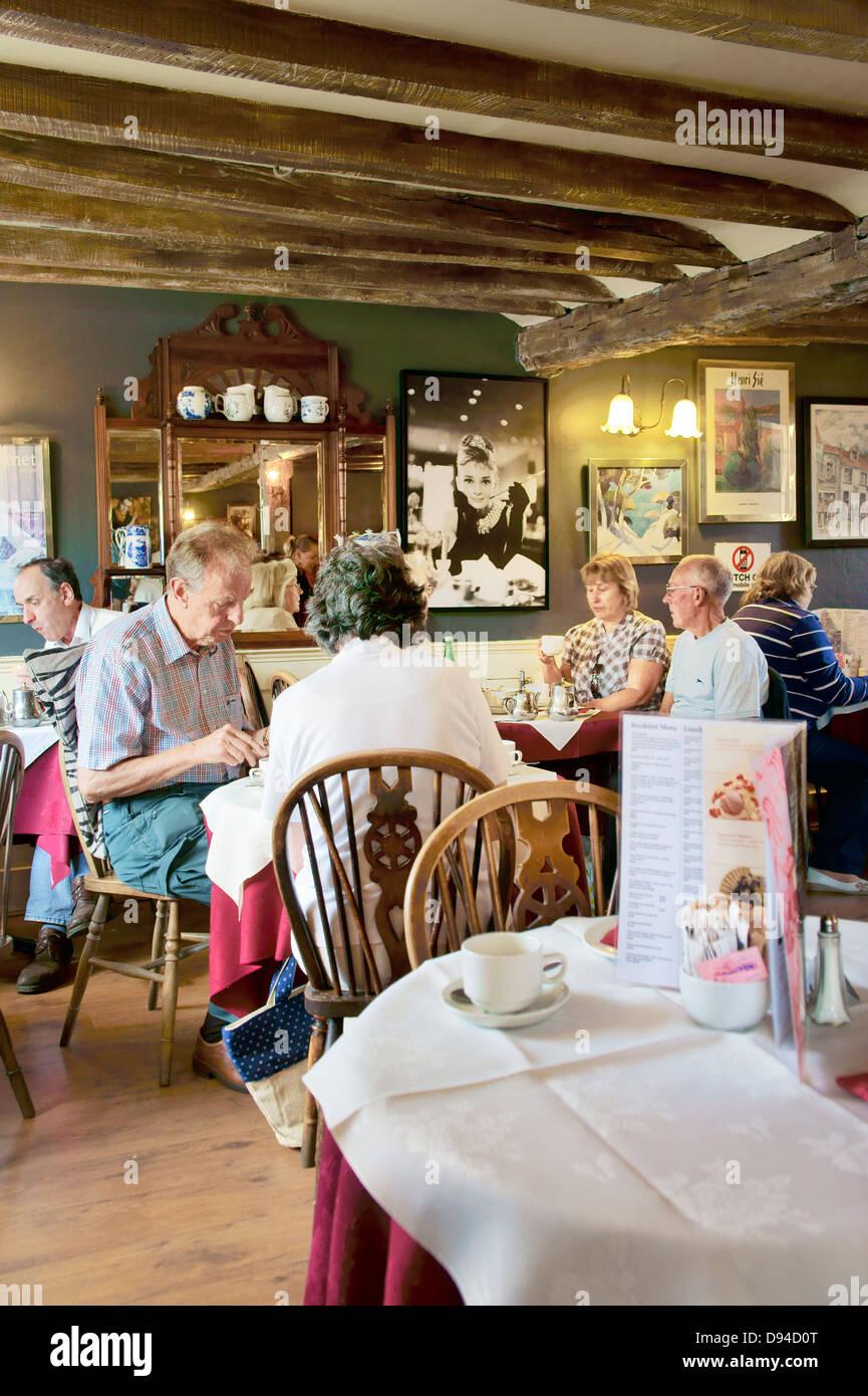 Polly Tea Rooms