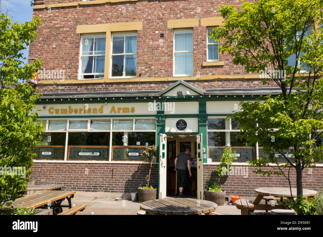 the-cumberland-arms-pub-at-ouseburn-near