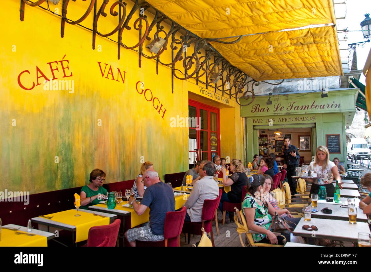 Caf Du Bar