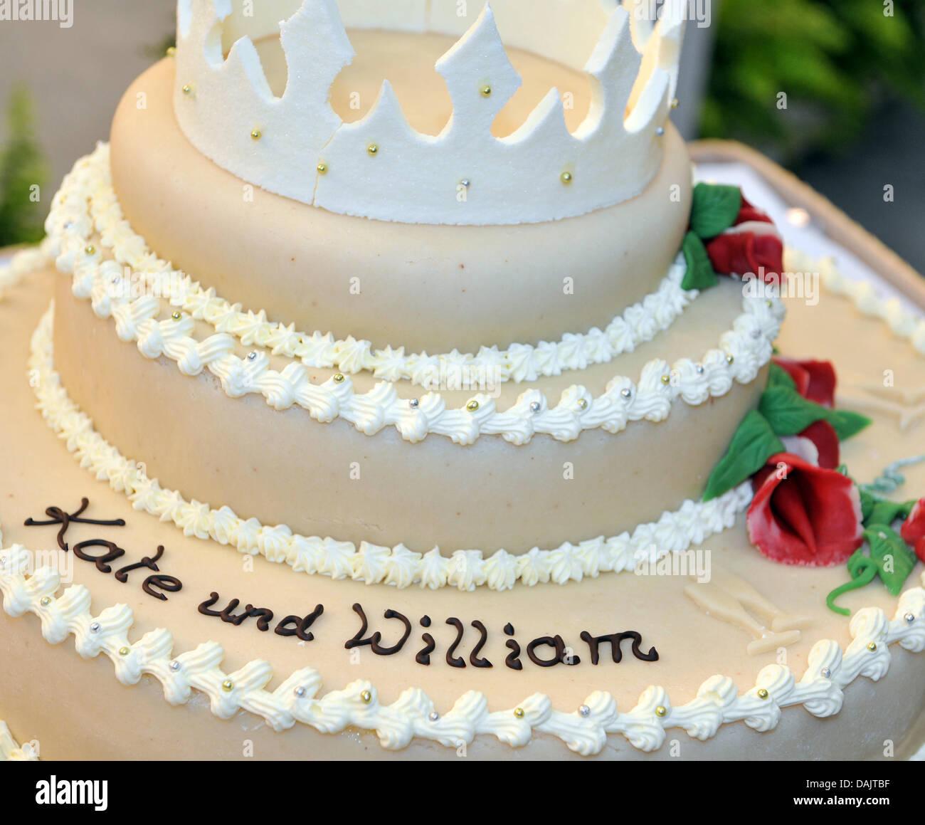 The Leipzig Fair presents a 35 kilogram heavy wedding cake