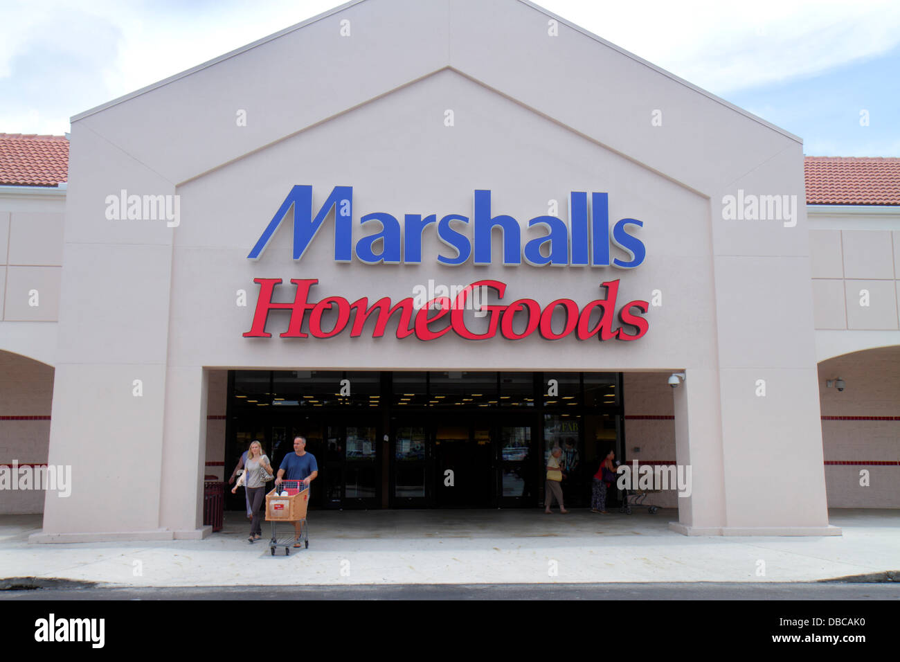Miami florida aventura marshalls home goods discount for Cheap home goods