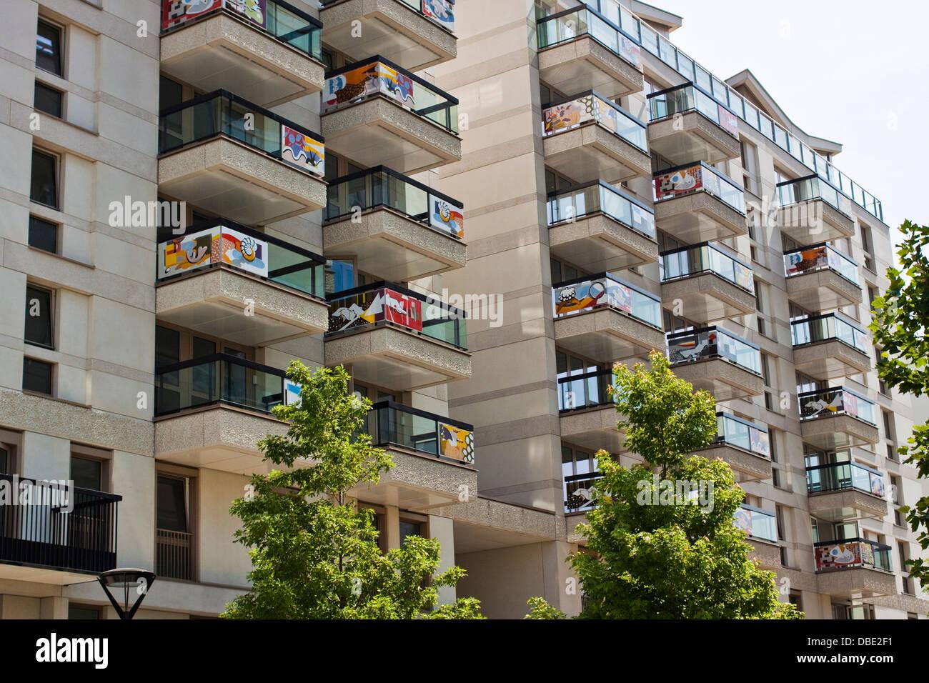 Village Stratford Apartments