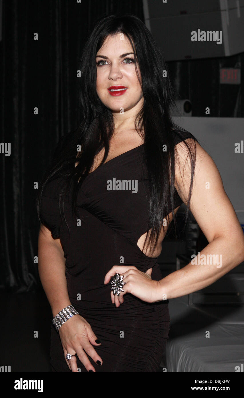 Chyna free picture 14