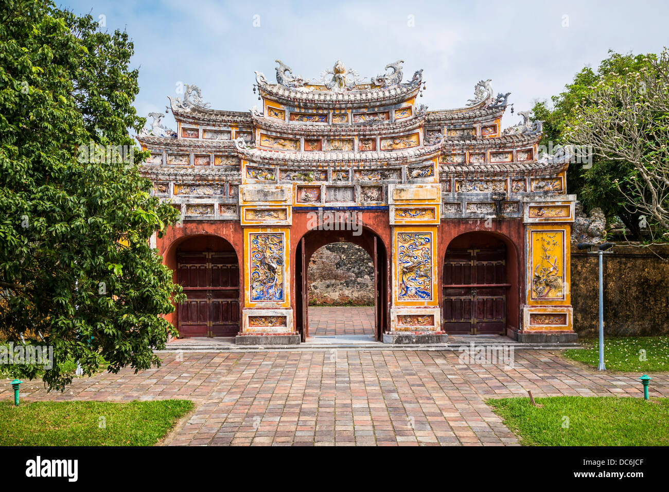 an ornate gate at the historic old imperial city in hue vietnam stock photo royalty free image. Black Bedroom Furniture Sets. Home Design Ideas