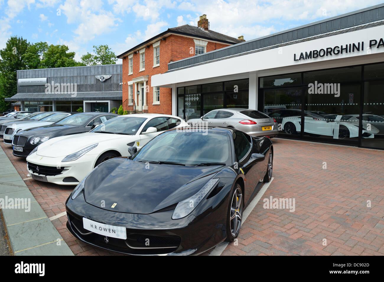 Hr owen group lamborghini pangbourne car dealers station for Garage bourny automobiles laval