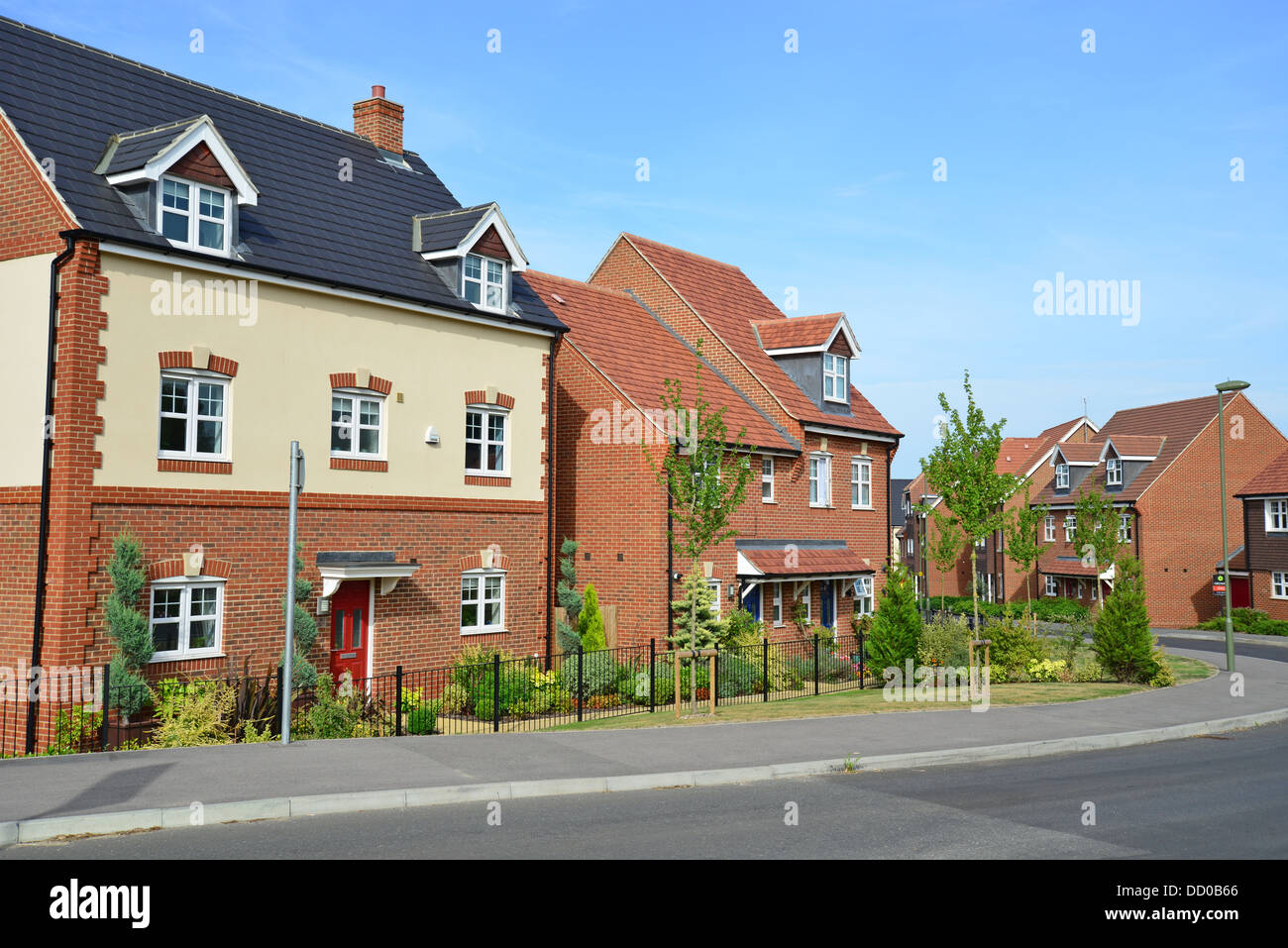 new houses on earlswood park housing development bagshot surrey stock photo royalty free