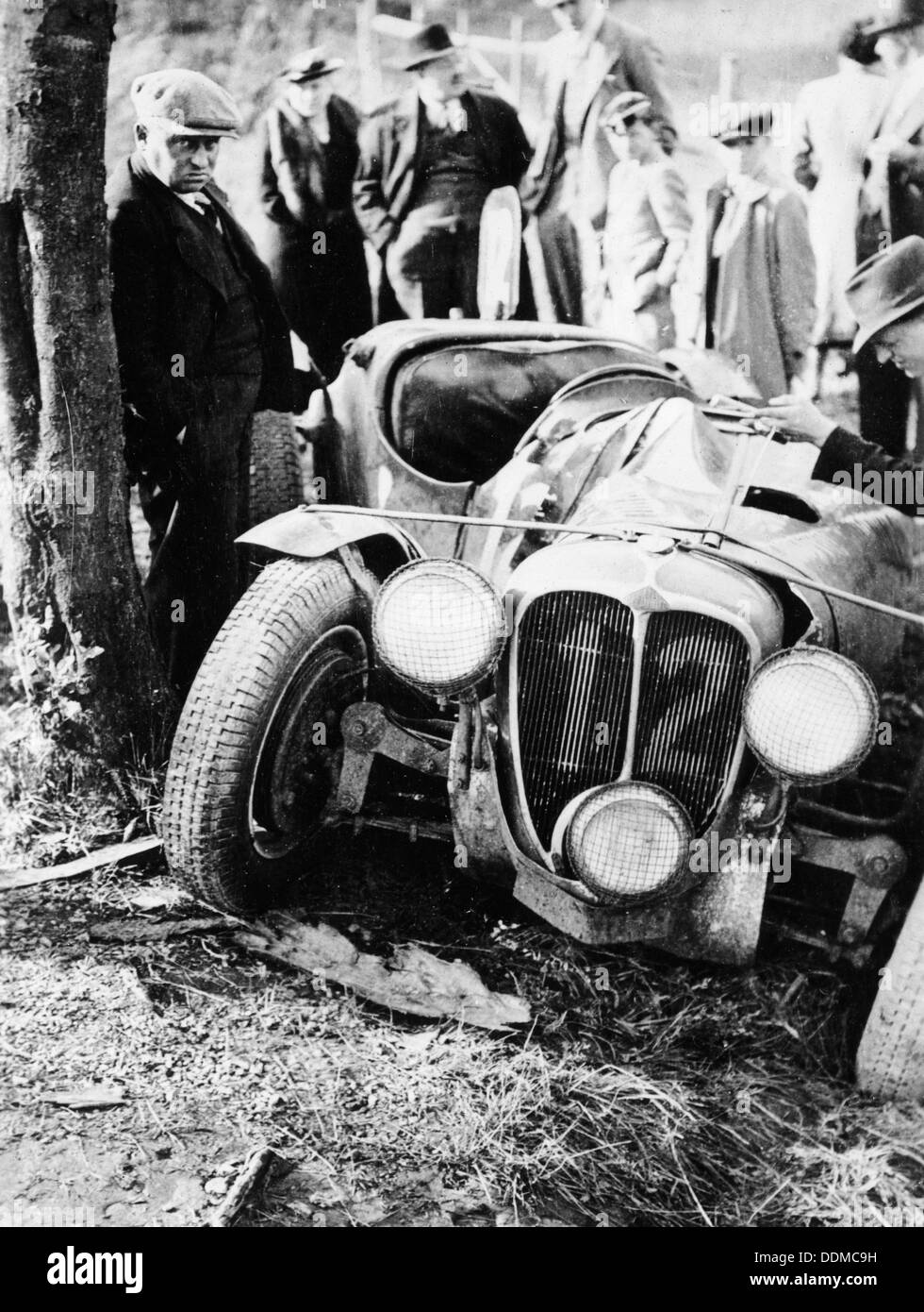 crash of the le mans 24 hours winner at spa belgium 1938 stock photo royalty free image. Black Bedroom Furniture Sets. Home Design Ideas