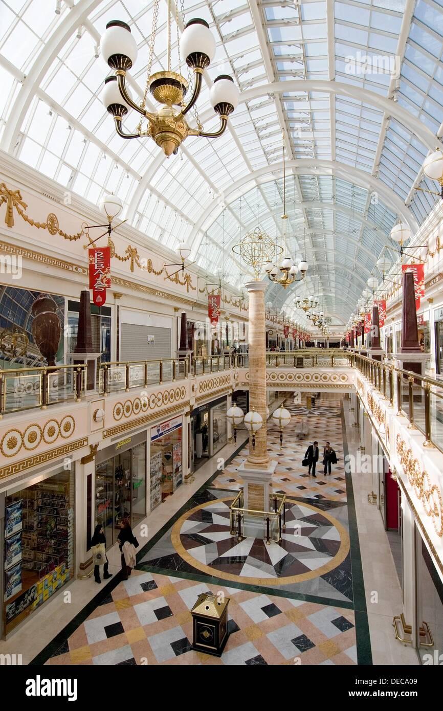 Plaza norte 2 shopping mall san sebastian de los reyes - Peluqueria plaza norte 2 ...