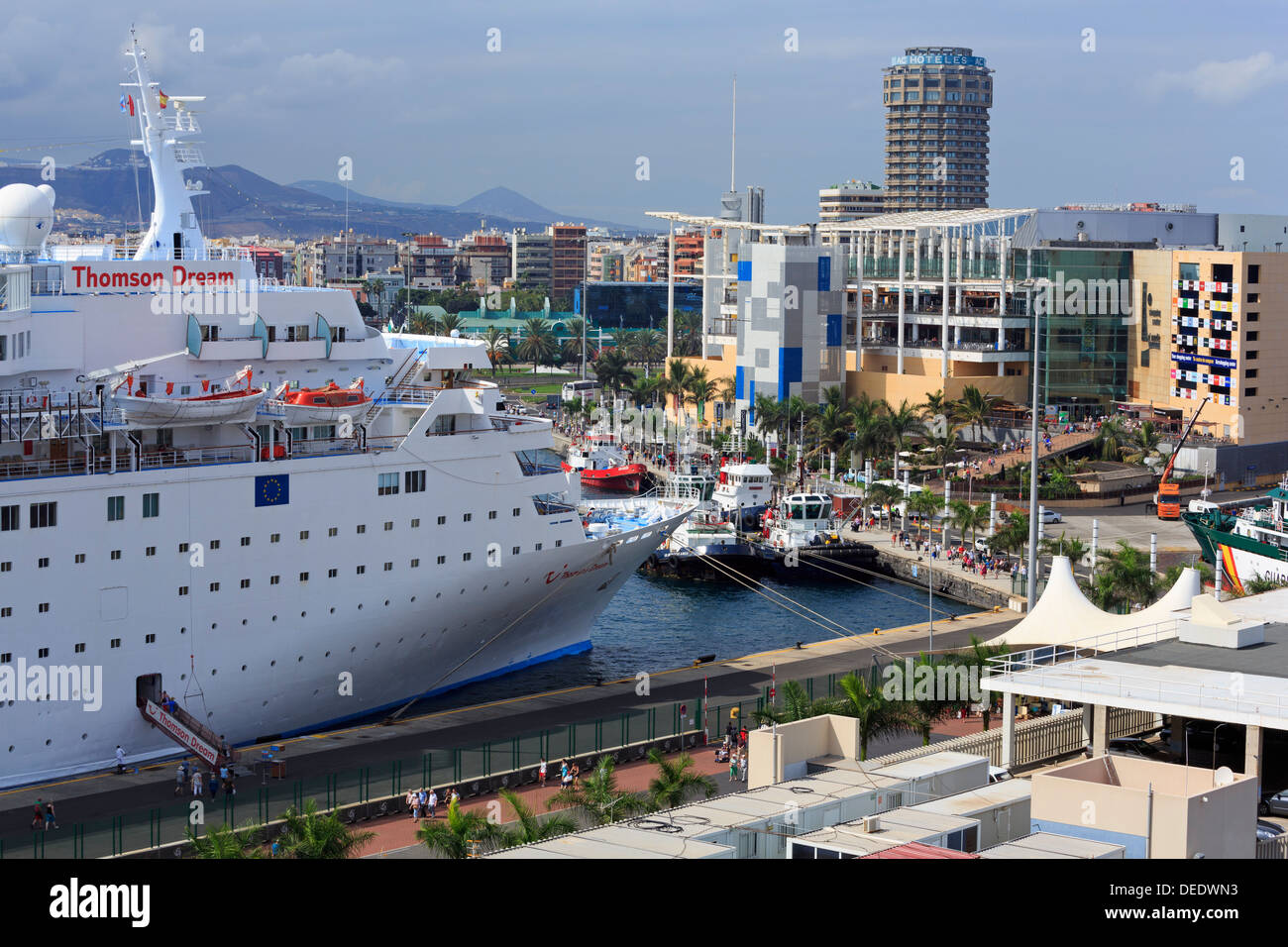 Cruise Ship In Santa Catalina Port Las Palmas City Gran
