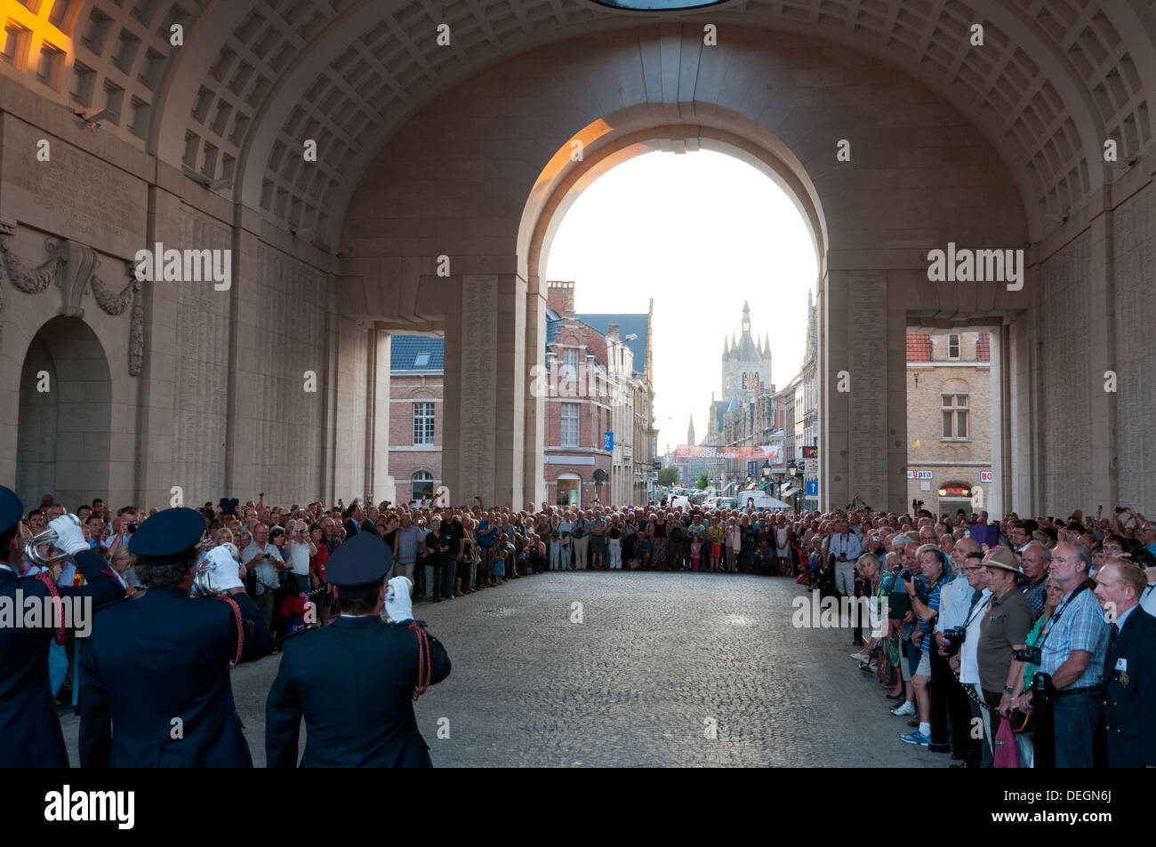 Menin gate night images top images for menin gate night on picsunday 08072018 to 0613 freerunsca Image collections