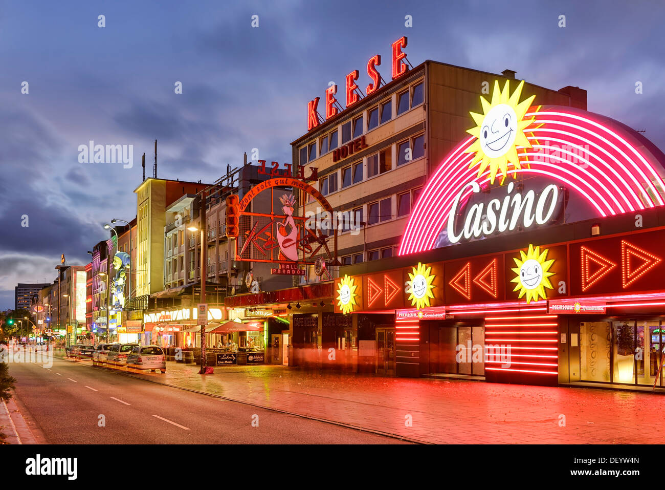 reeperbahn street st pauli district hamburg stock photo 60848725 alamy. Black Bedroom Furniture Sets. Home Design Ideas