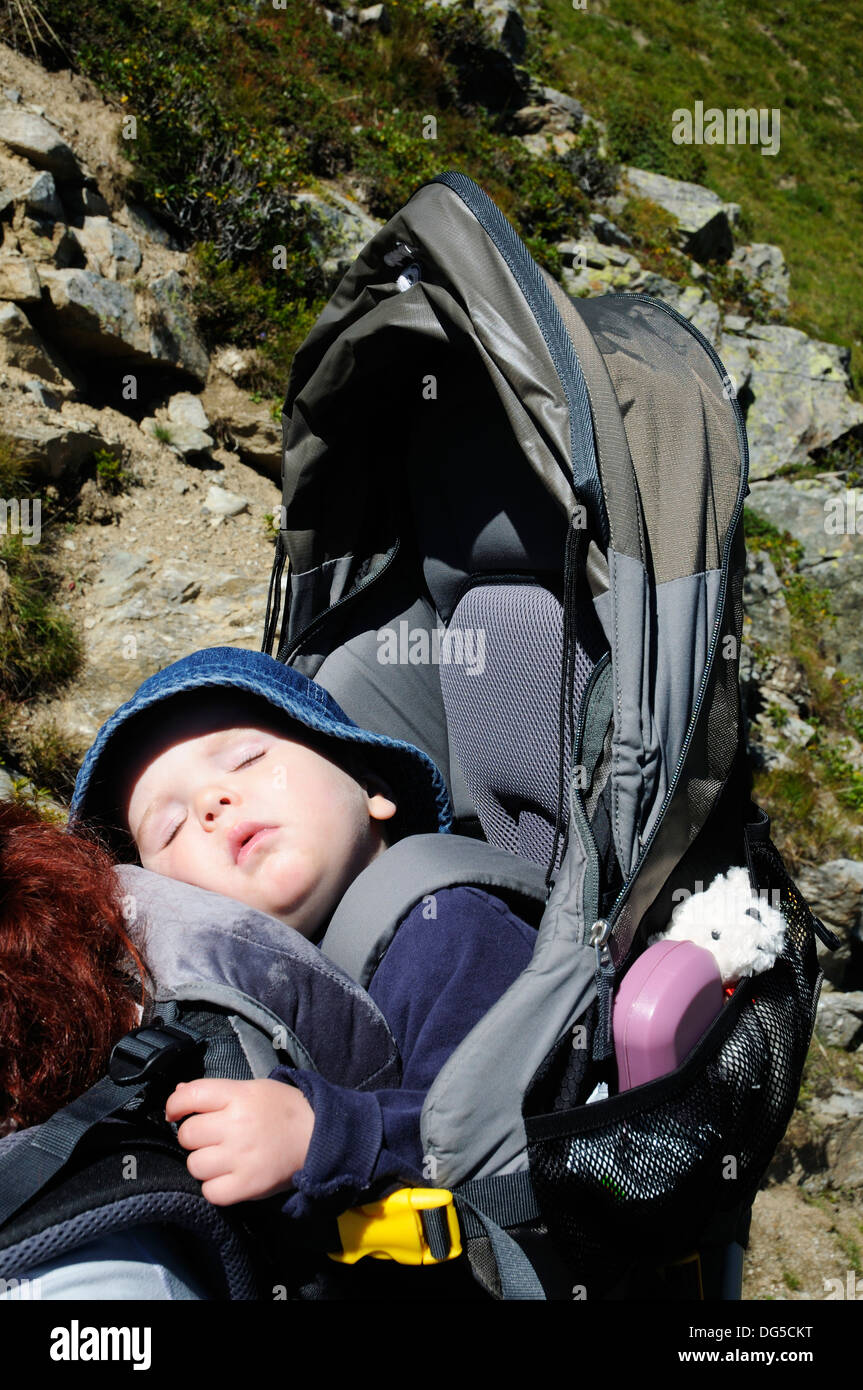 a-baby-fast-asleep-in-a-baby-carrier-DG5