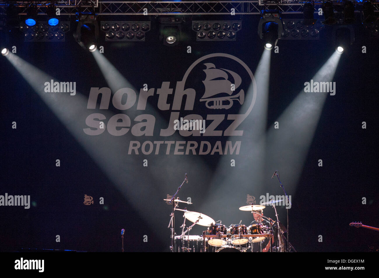 drum-in-a-stage-in-the-north-sea-jazz-fe
