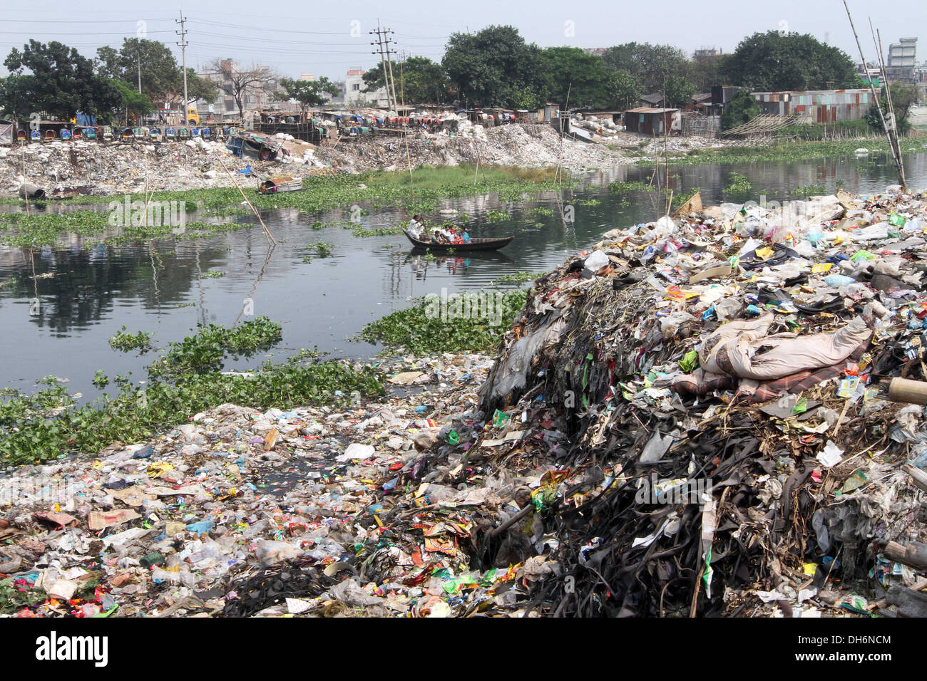 bangladesh river pollution Air pollution of bangladesh is mainly caused by the vehicle emission, industrial discharge and burning of fossil fuel  it was created in 1989 the moef has taken some steps to control.