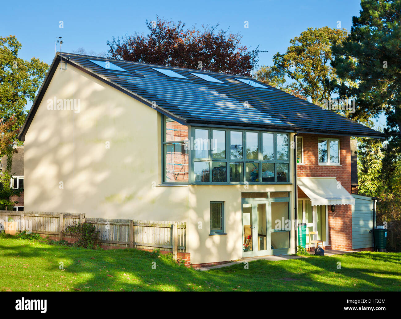 Tarmac masonry homes eco house in the creative energy for Eco home builders