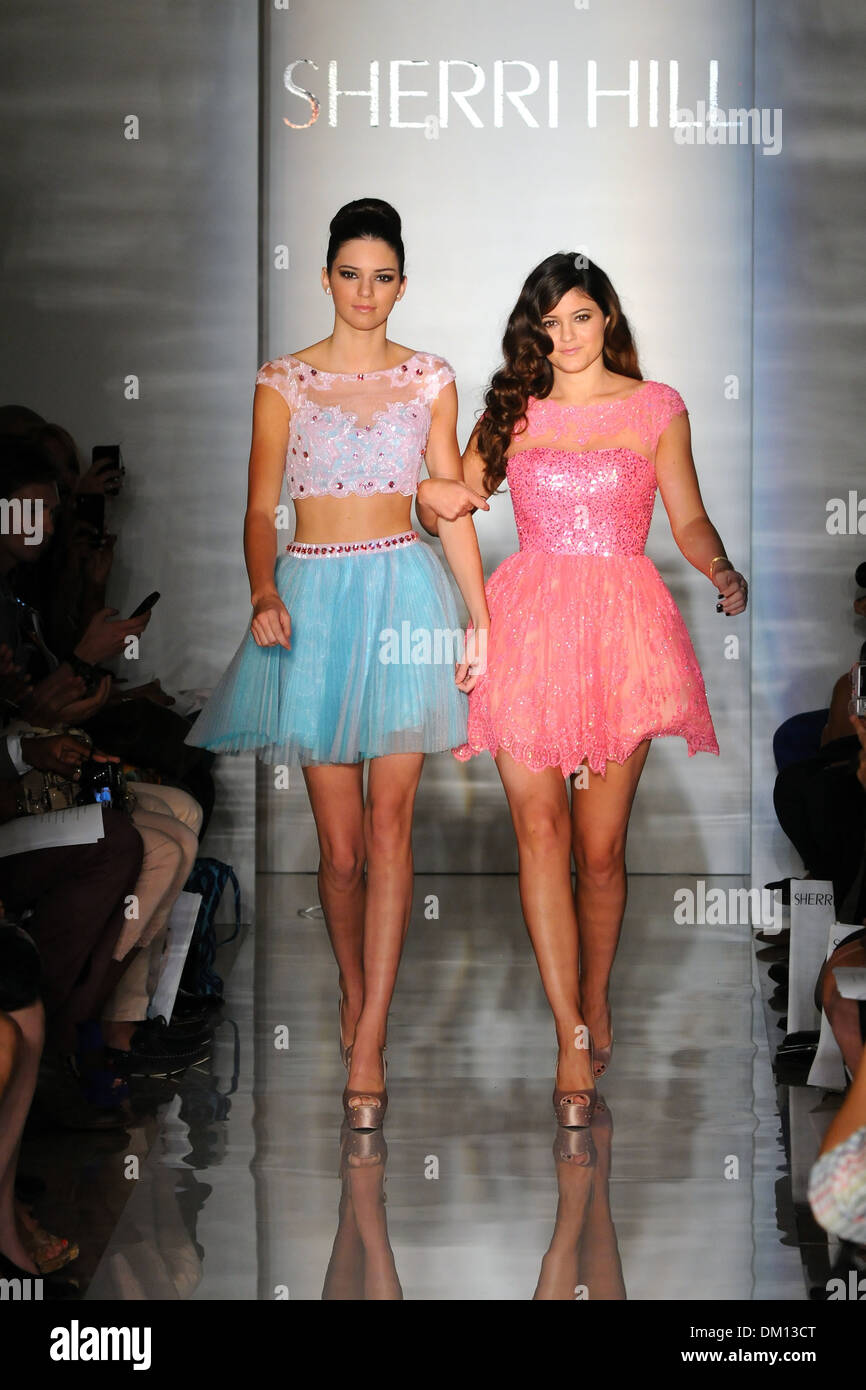 Kendall Jenner And Kylie Jenner Mercedes Benz New York Fashion Week Stock Photo Royalty Free