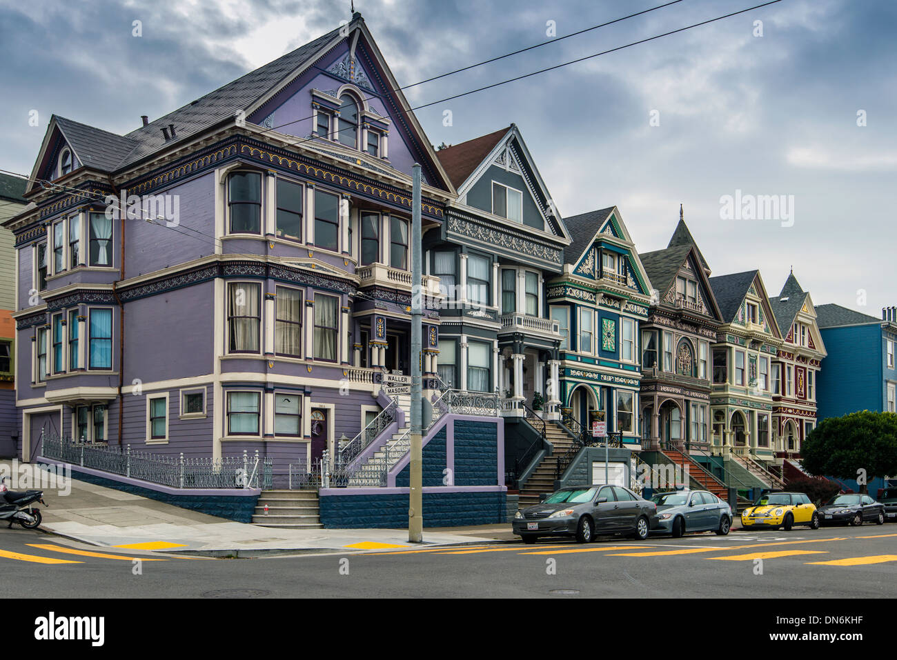 The painted ladies victorian houses haight ashbury for Houses in san francisco