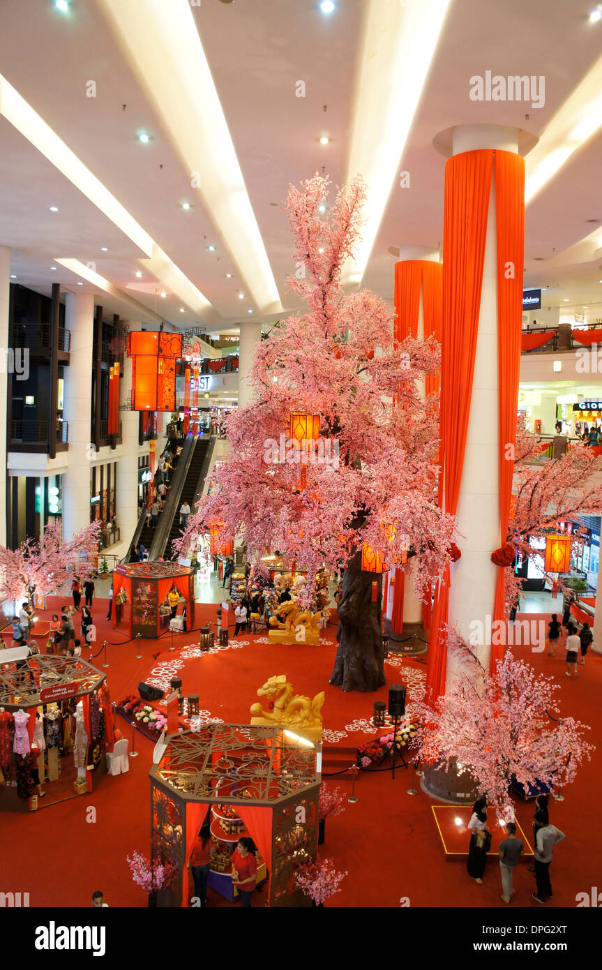 Chinese new year decoration of shopping mall in malaysia for Decoration shopping