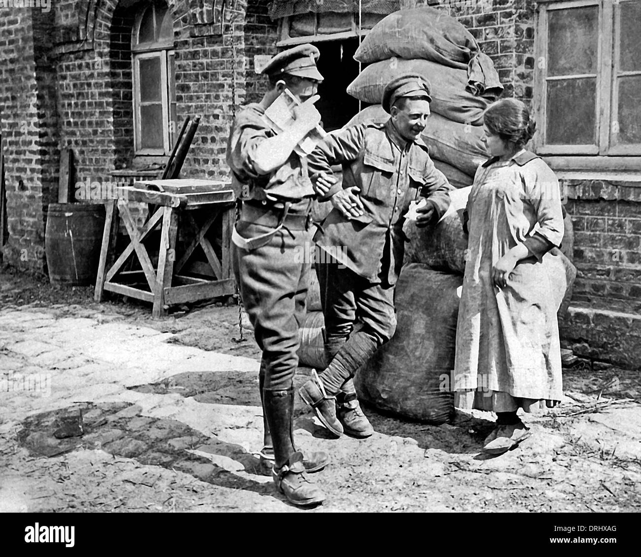 soldiers chat
