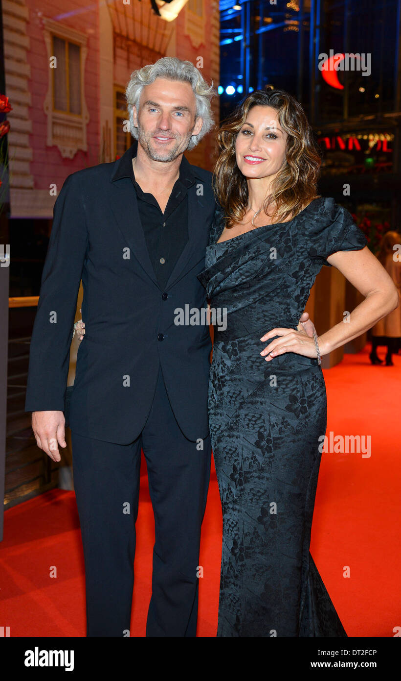 bobby dekeyser and wife ann kathrin arrives at the premiere of the stock photo royalty free. Black Bedroom Furniture Sets. Home Design Ideas