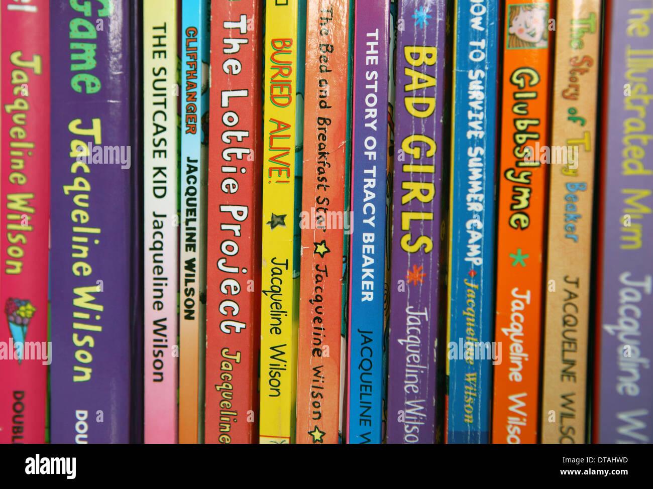 Jacqueline Wilson Children S Books On A Shelf Stock Photo