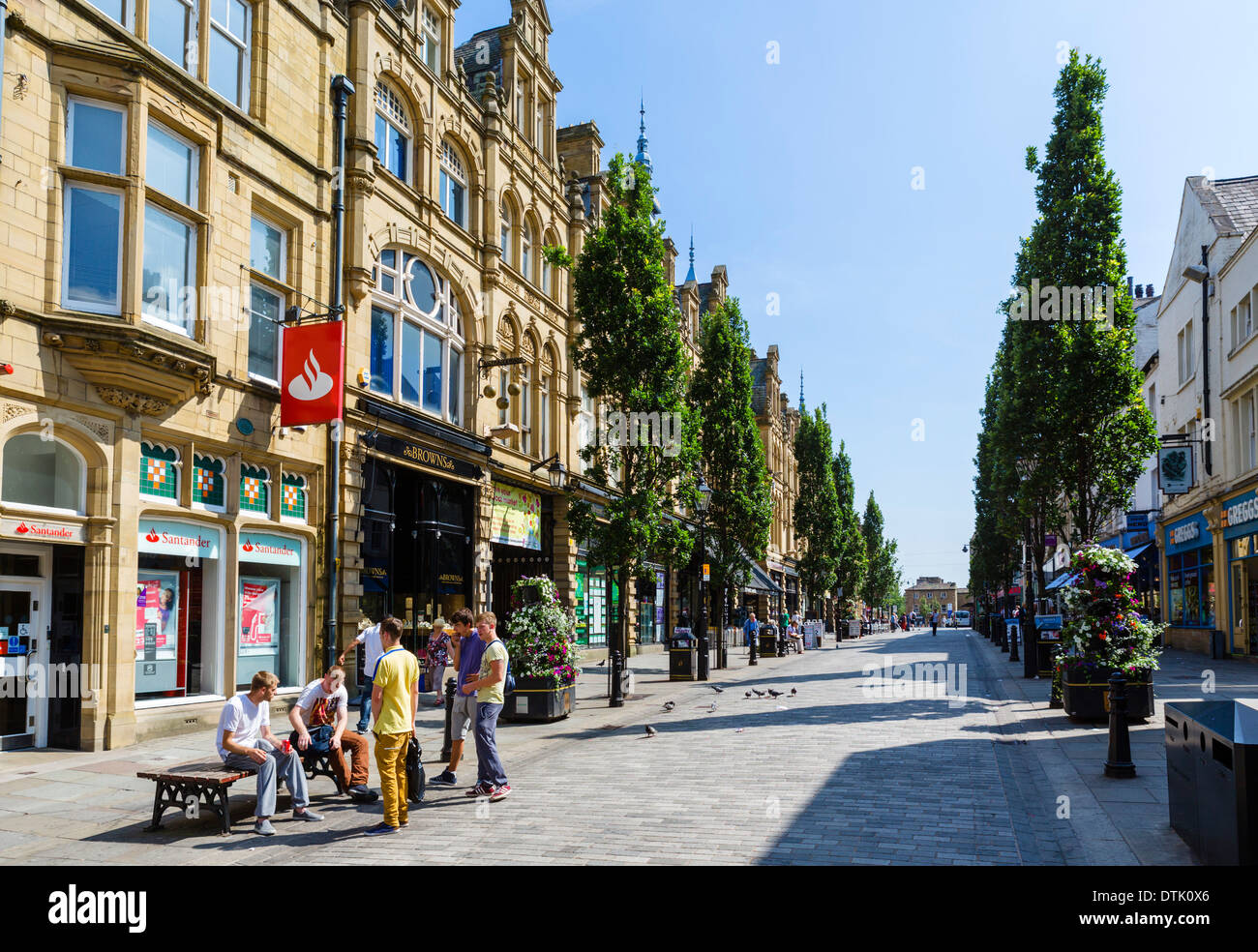 dating halifax west yorkshire Halifax is a minster town in the metropolitan borough of calderdale in west yorkshire, england the town has been a centre of woollen manufacture from the 15th century onward, originally dealing through the piece hall.