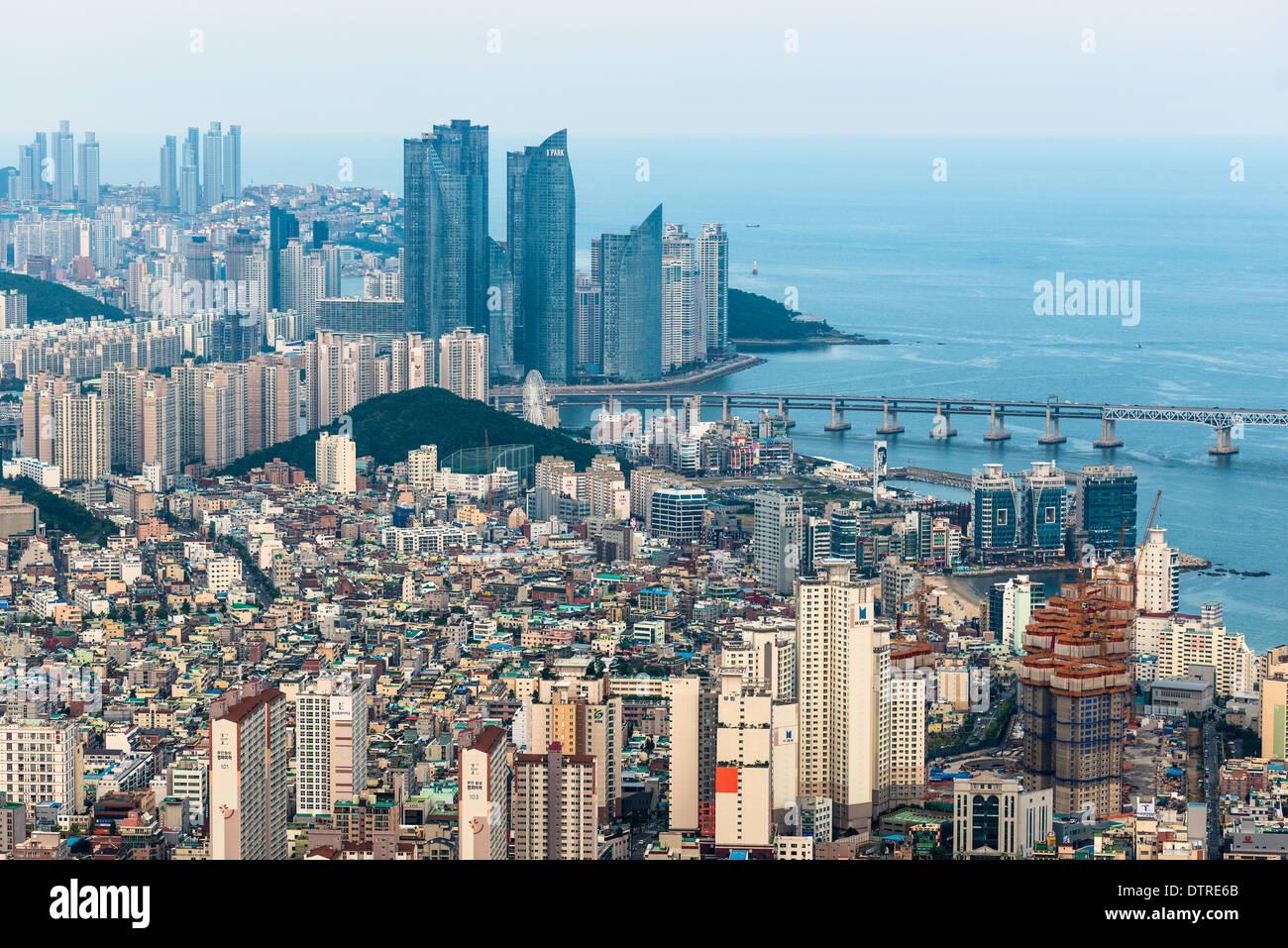 busan-city-skyline-yeongnam-province-sou