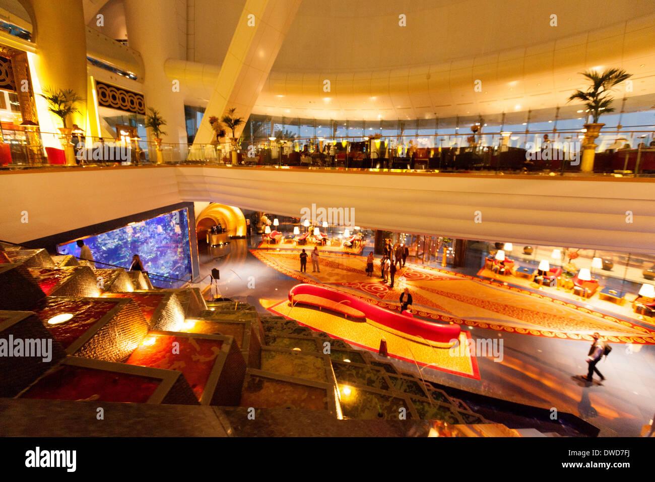 Burj al arab hotel interior ornate luxury in the foyer for Burj al arab hotel inside