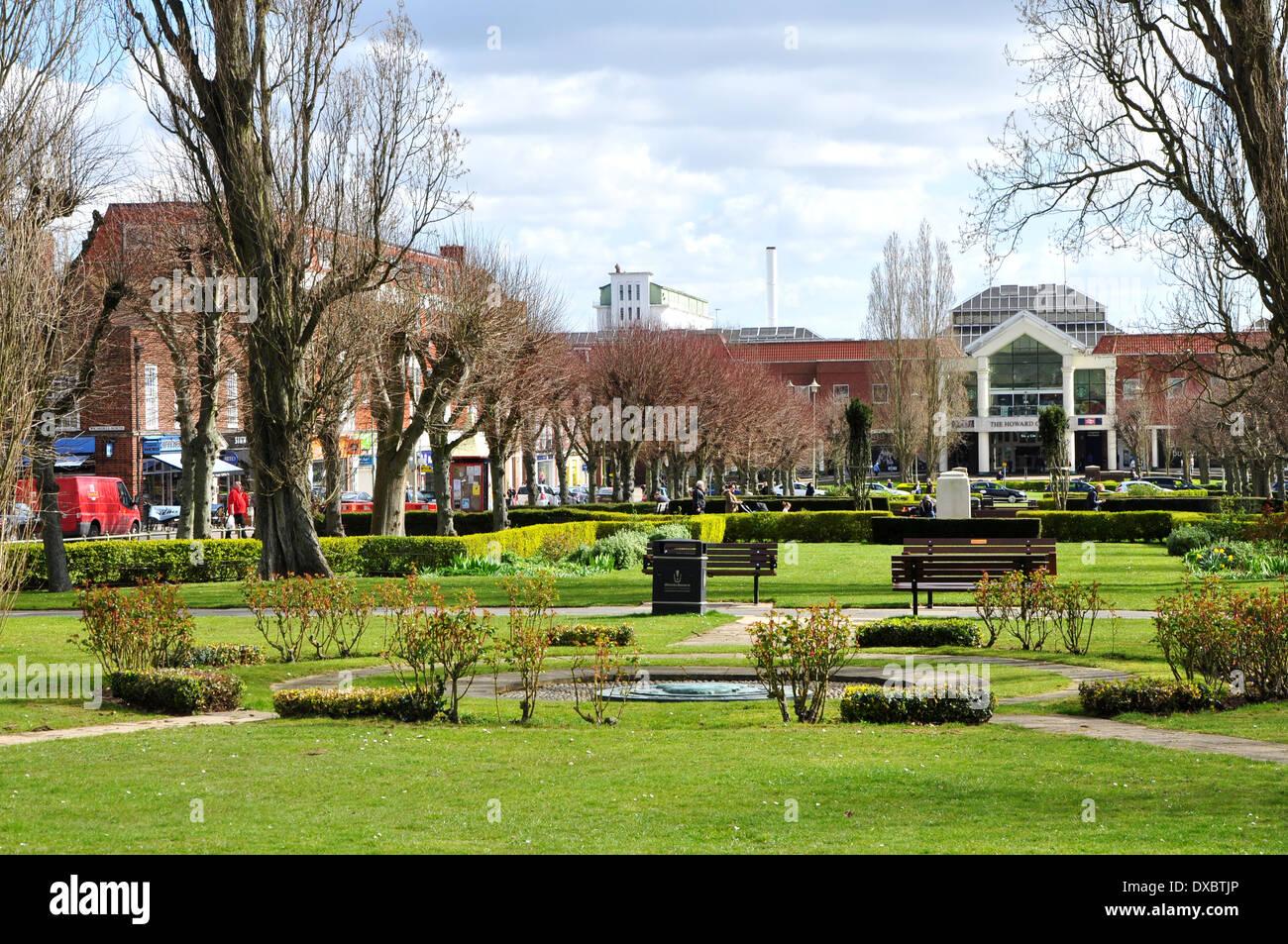 Landscape Welwyn Garden City : Welwyn garden city town centre stock photo royalty free